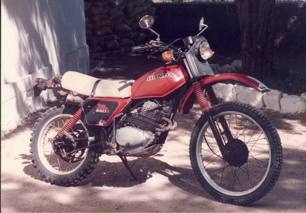 moto honda 250 xls